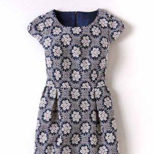 Biden Adrianna jacquard daisy dress 14